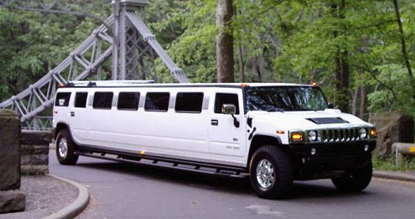 white-hummer-limousine